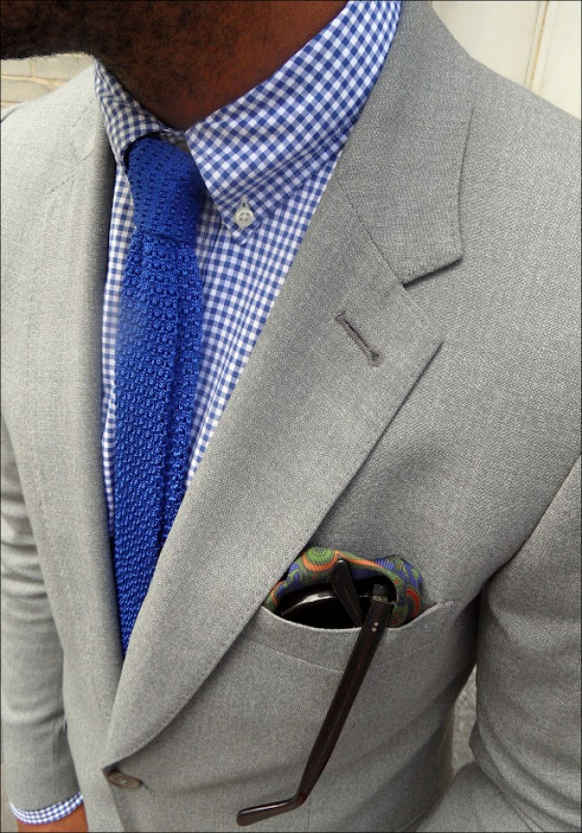 Pantone-blue-knitted-tie-gingham-shirt