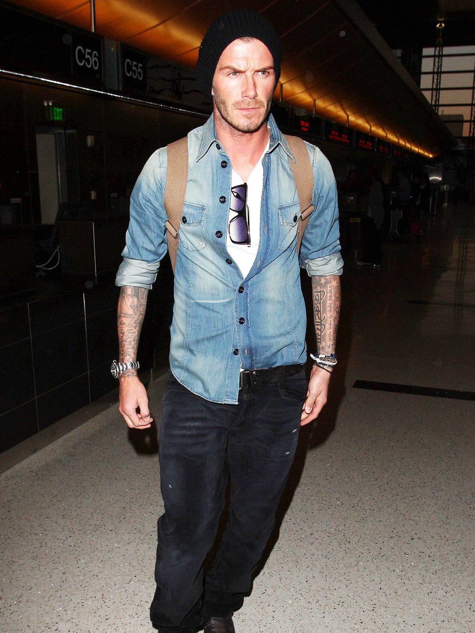 david_beckham_airport_denim_ja